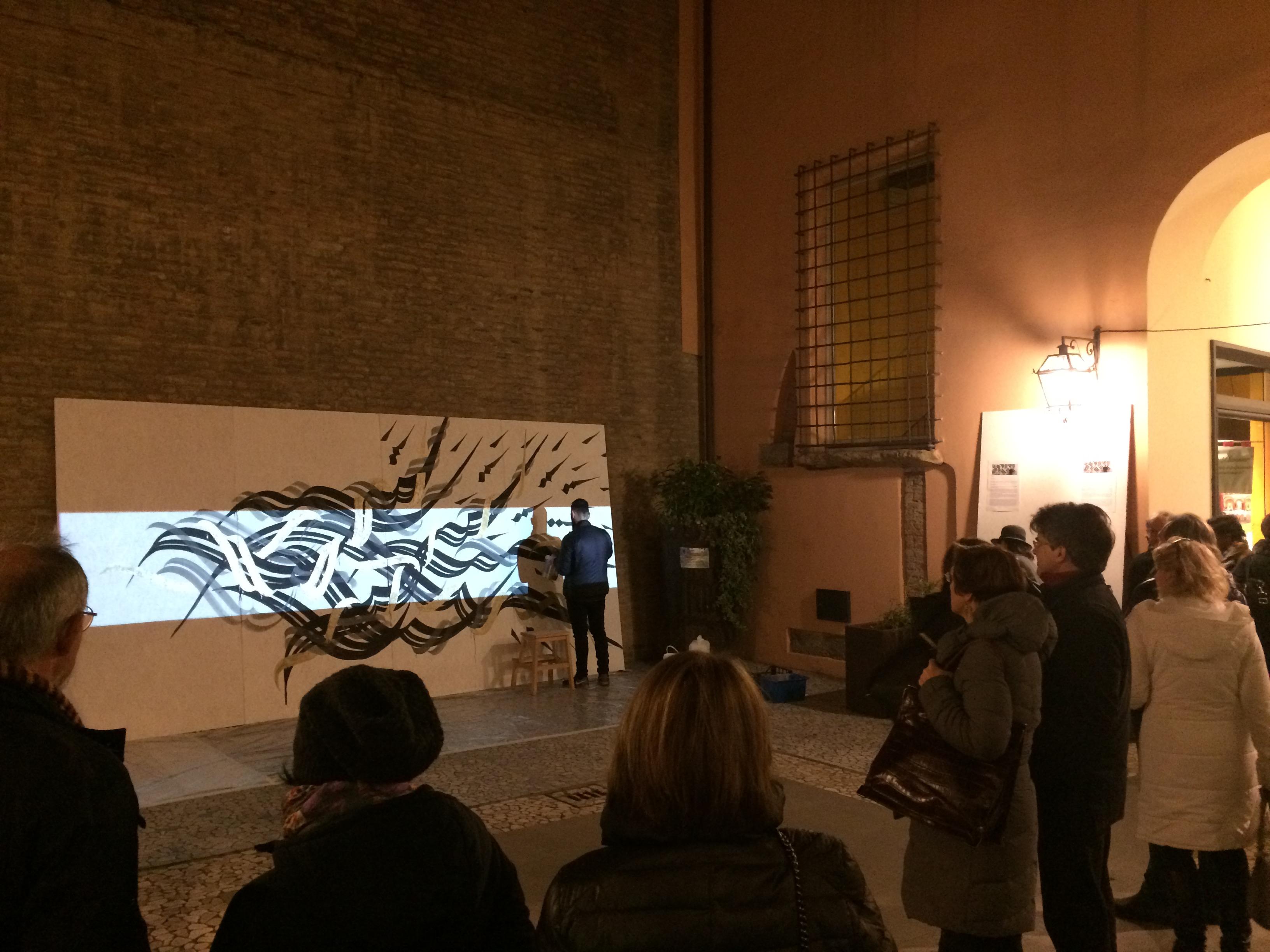 Andrea Cimatti presenta Domenico Romeo in una performance Live 31