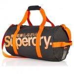 11 tipi di borsa da uomo andrea cimatti barrel bag by superdry